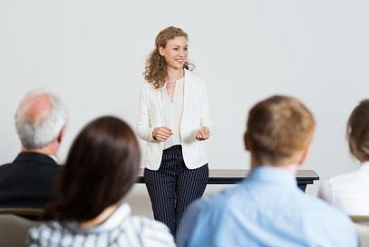 Tips Meningkatkan Keterampilan Public Speaking